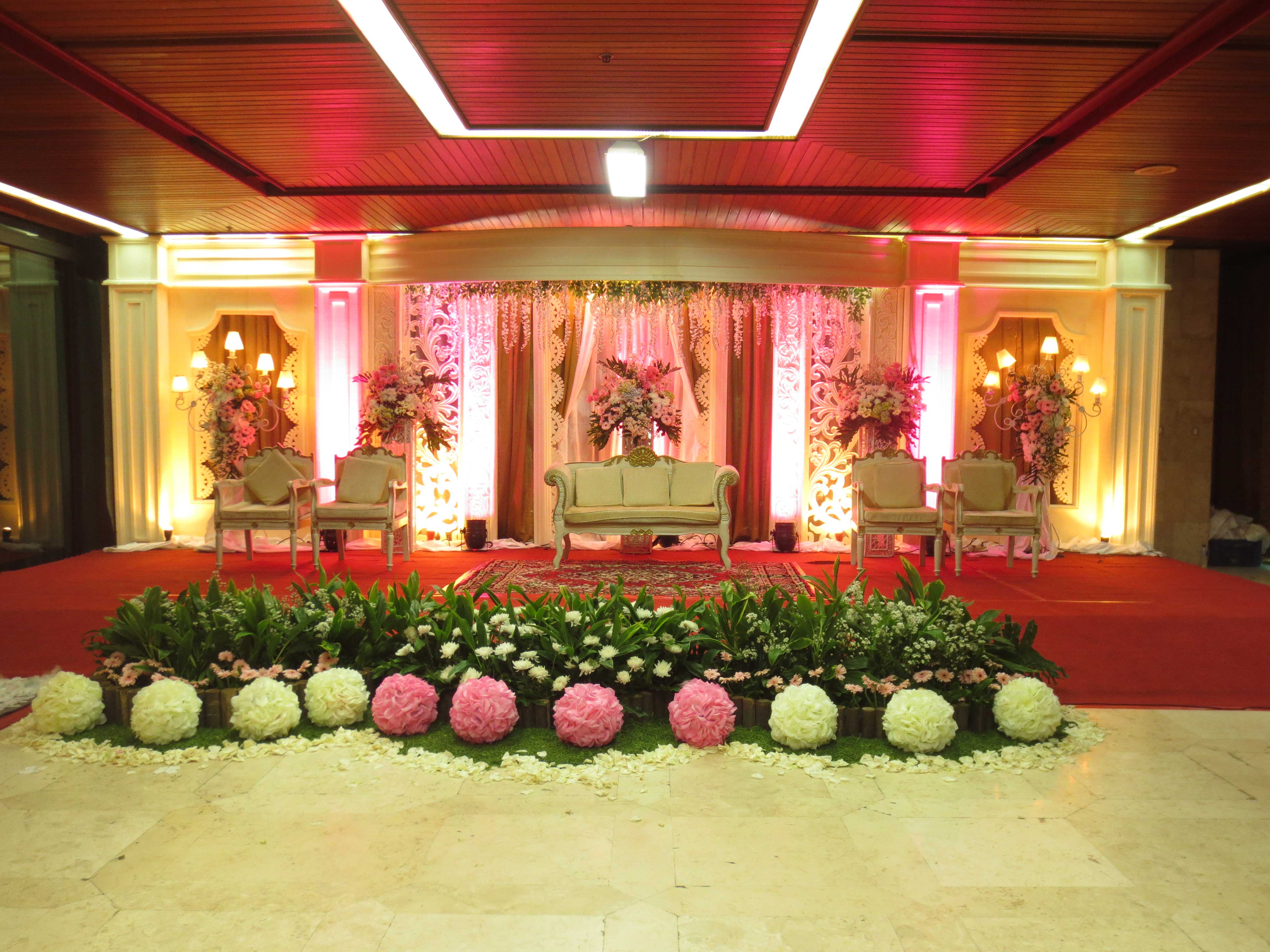 Wedding decor supplier jakarta image collections wedding dress wedding decoration vendor jakarta choice image wedding dress wedding decor supplier jakarta images wedding dress decoration junglespirit Image collections